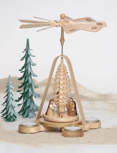 Pyramide Christgeburt mit Teelichter