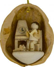 Tree Ornaments Grandpa in Walnut Shell