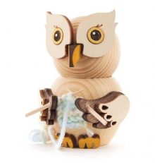 Wooden Figure Mini-Owl with Knitting