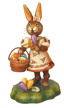 Hubrig Collectibles - bunny mum with crokus