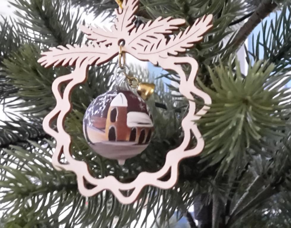 Tree decoration glas ball, Seiffner Church
