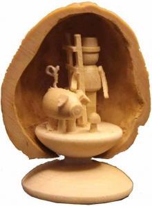 Miniature 3 Lucky Charm in Walnut Shell
