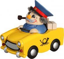 Ballsmoked figure Postman in Trabant