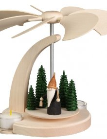 Arched pyramid mountain gnome, small