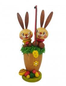 Rabbit children in the Easter basket