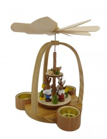 Tealight pyramid hare wanderer, colorful