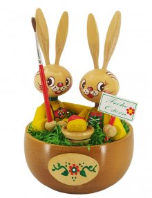 Easter bunnies in the basket