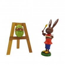 Bunny with an easel