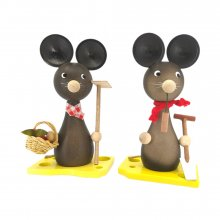 Mom and dad mouse