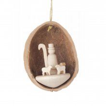 Hangings shepherd in walnut shell