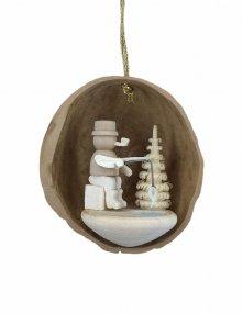 Tree Ornaments Angler in Walnut Shell