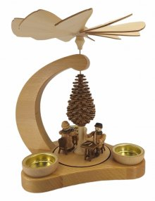 Tealight pyramid lace maker and carver