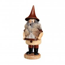 Smoker mountain gnome with rock crystal
