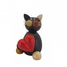 Calico cat Lela with a heart1